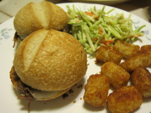 french dip sliders with tater tots and broccoli slaw