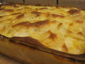 au gratin potatoes are done when the potatoes are tender and the dish is browned on top
