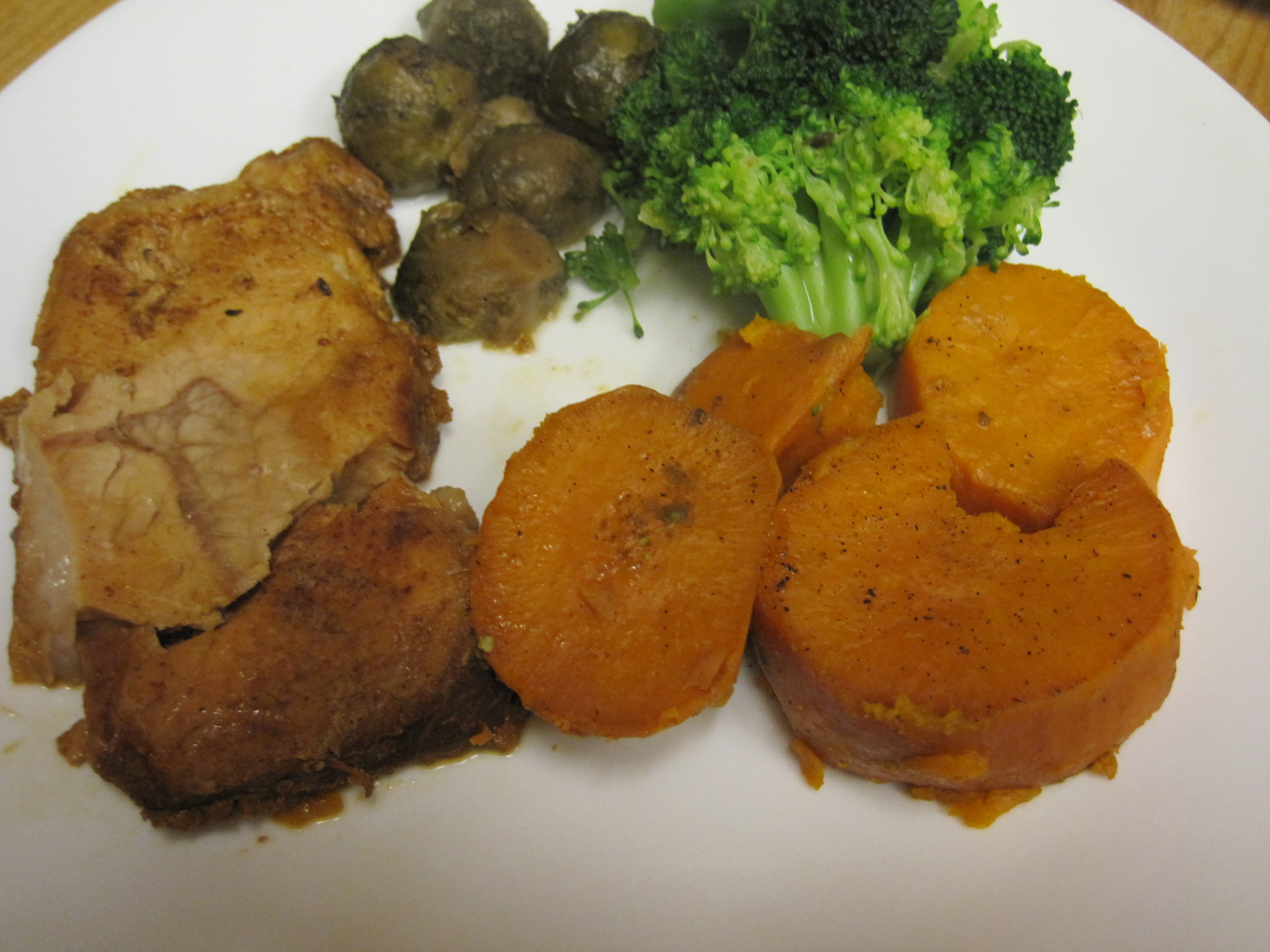 a complete pork chop dinner from a crock pot