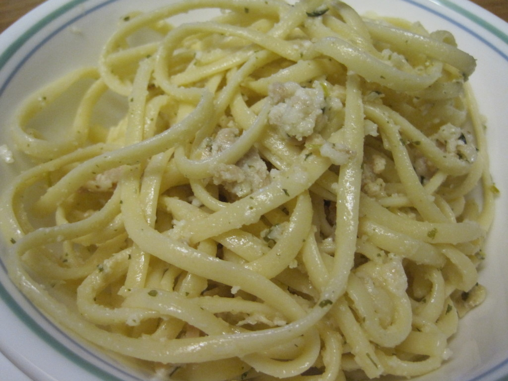 reduced calorie linguine with white clam sauce