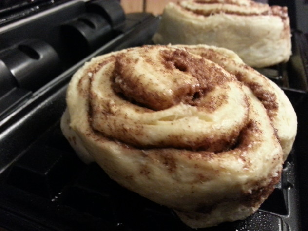 place cinnamon rolls onto the waffle iron