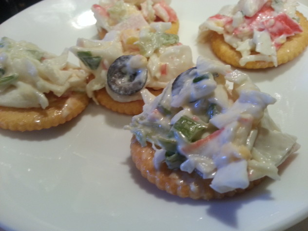 seafood salad on a cracker