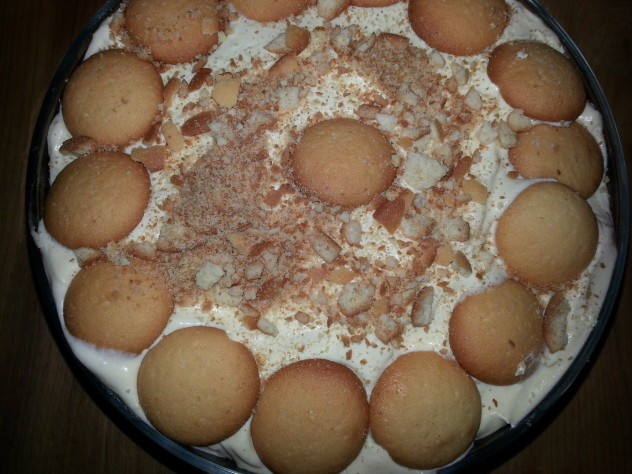 Easy Southern Style Banana Pudding--This simple banana pudding is quick to put together and delicious. It's a definite crowd pleaser. PattyCakesPantry.com