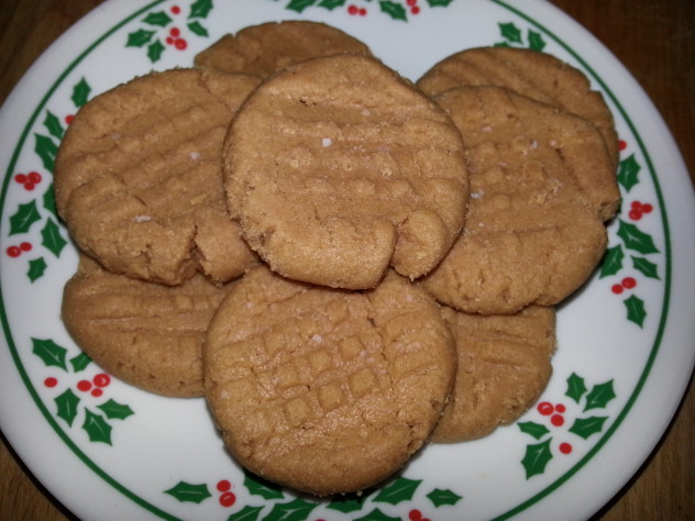 cookies made with only peanut butter, sugar, vanilla, and egg