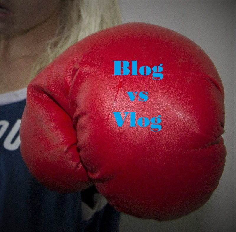 Bloggin g is better than Vlogging