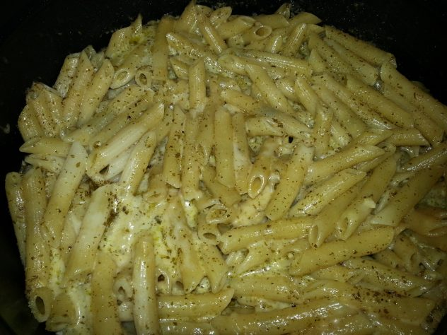 Pressure Cooker Penne with Creamy Pesto Sauce
