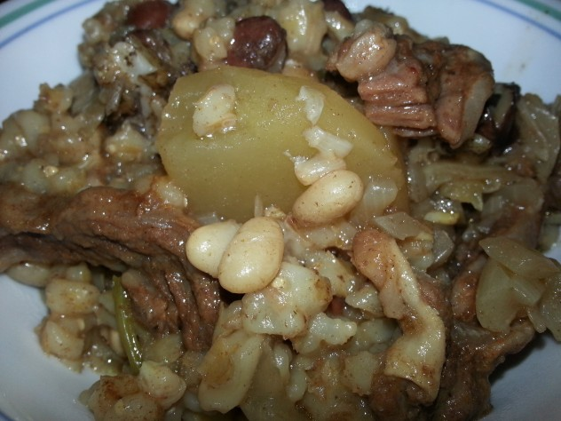 cholent ready to be served