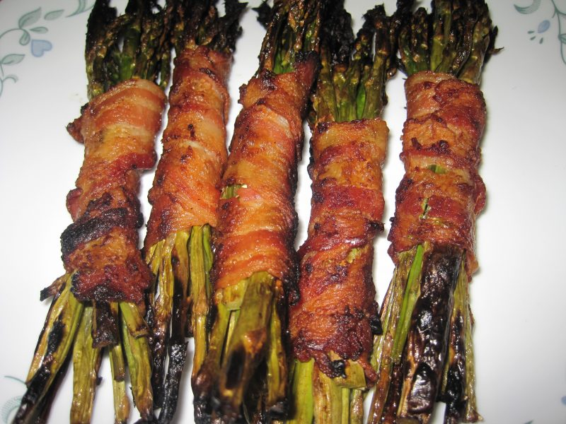 Bacon Wrapped Asparagus--Only two ingredients and less than 30 minutes to a delicious addition to your summer barbecue.