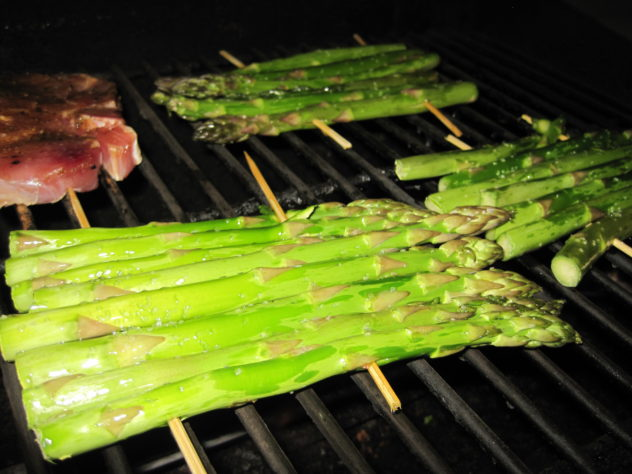 Grilled Asparagus on bamboo skewers