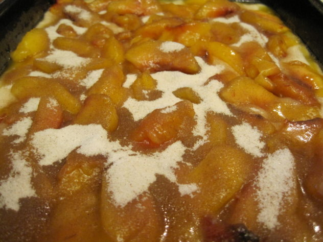 Easy Nectarine Cobbler--sprinke the top with cinnamon and sugar