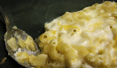 Macaroni and cheese cooked in the slow cooker--a one pot meal