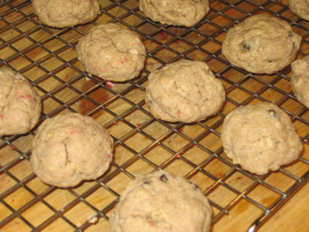 Spice cake mix is the base for these oatmeal raisin cookies