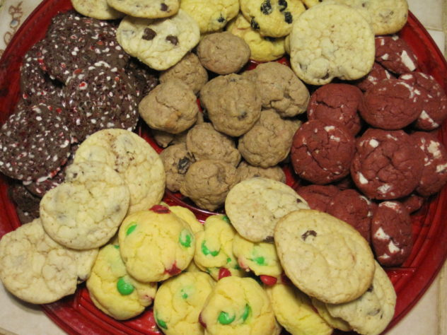 You can make 15 dozen cookies in two hours with this trick.