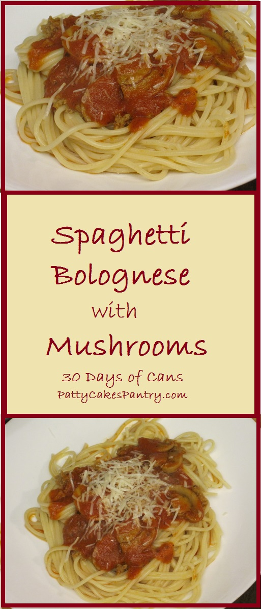 Spaghetti Bolognese with Mushrooms--A simple meat sauce with added mushrooms. A simple and delicious dinner