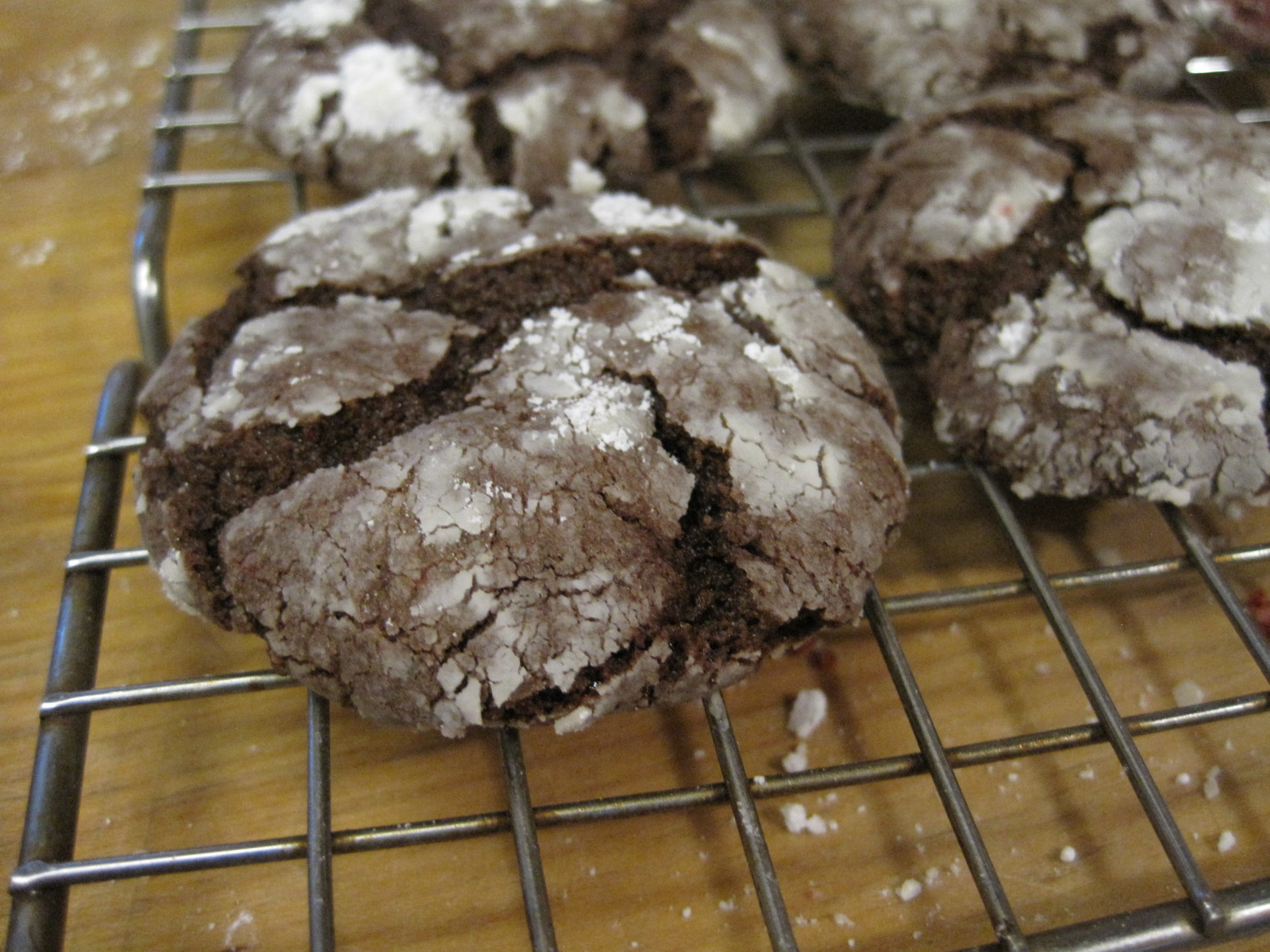 Devil S Food Cake Mix Cookie With Powdered Recipe