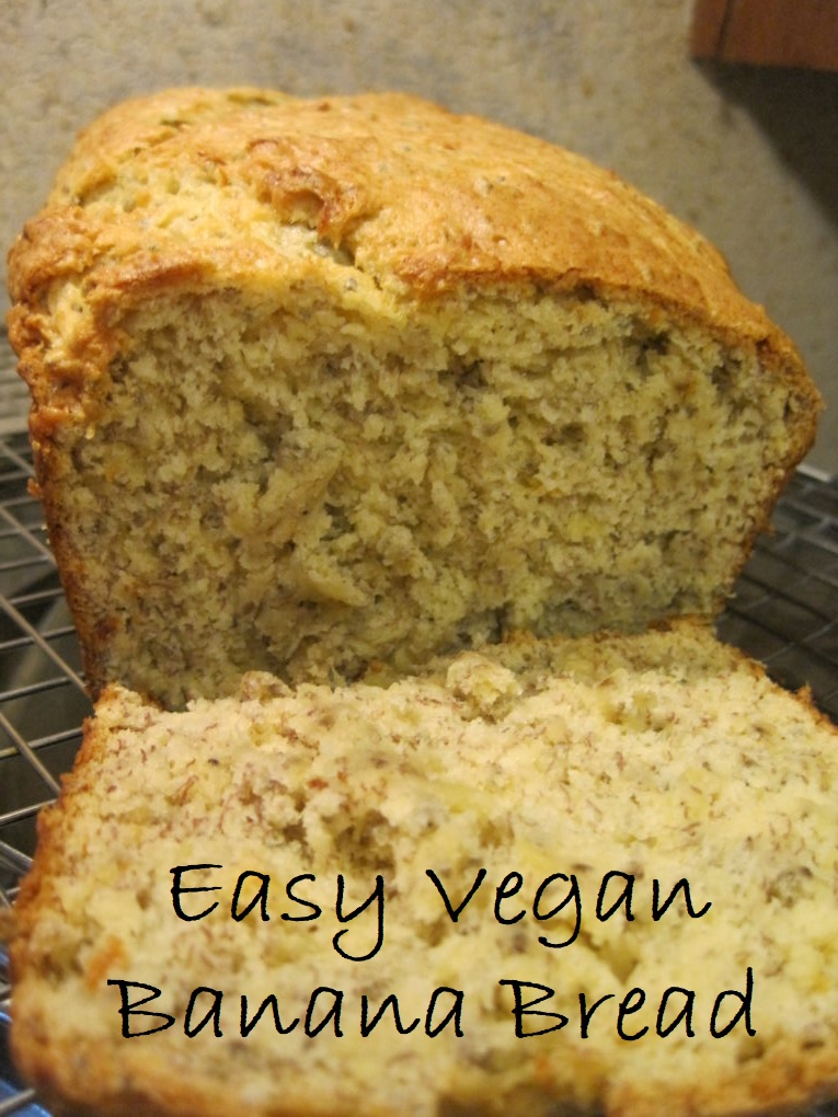 This delicious vegan banana bread recipe contains only five ingredients and is very simple to prepare.