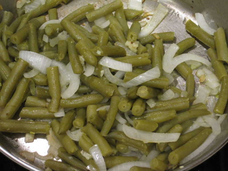 Green Beans with Onions and Garlic
