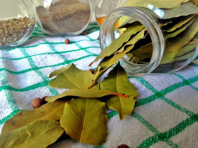 "25 ""Must Have"" spices --Bay Leaves"